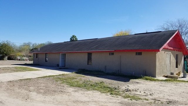 Commercial Property For Sale! Great Business Opportunity! Call (956) 682-3131 to schedule a showing today!  MLS#216583 3 Wildcat Lane, Rio Grande City