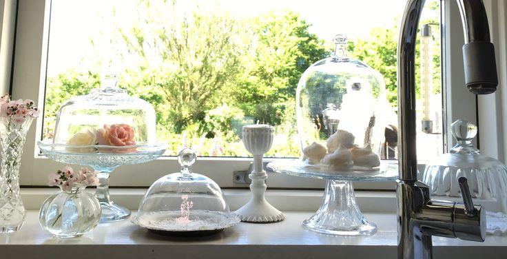 Beautiful glas in my romantic shabby chic kitchen
