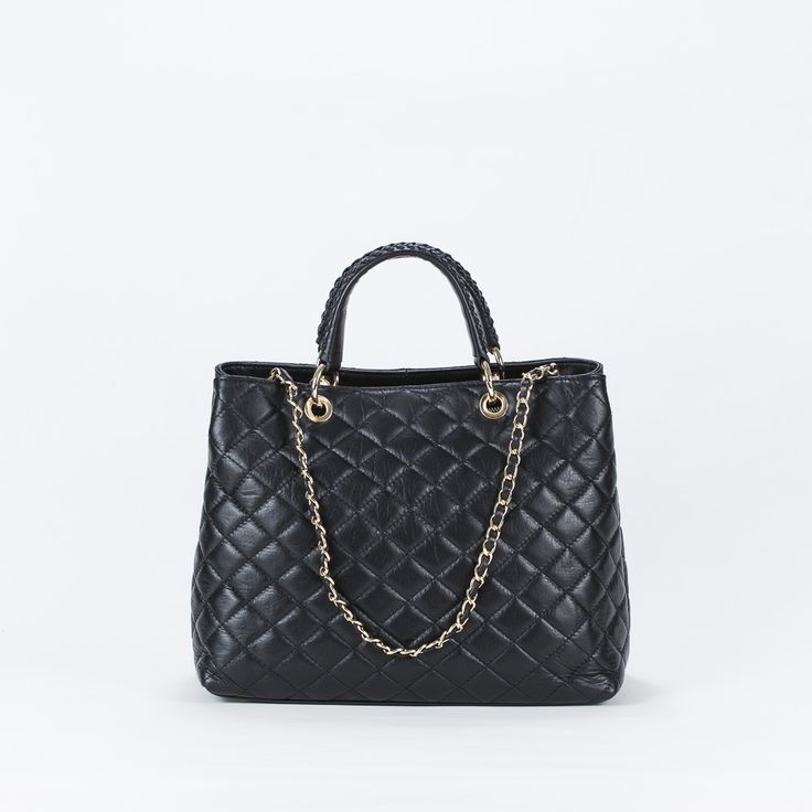 CHIC BLACK BAG
