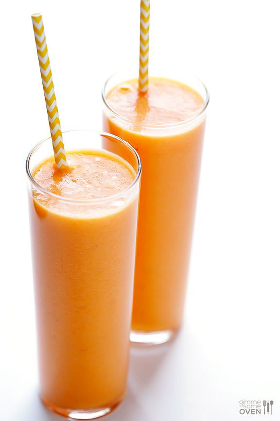 Carrot Pineapple Smoothie (2 cups chopped pineapple, 1 cup chopped carrot, 1 cup ice, ½ orange juice, 1 banana)