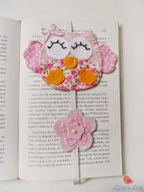 Corujinha, Marcador de Página em feltro e tecido, detalhe de flor