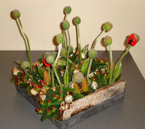 easter centerpiece creation poppies little eggs: Easter Centerpiece