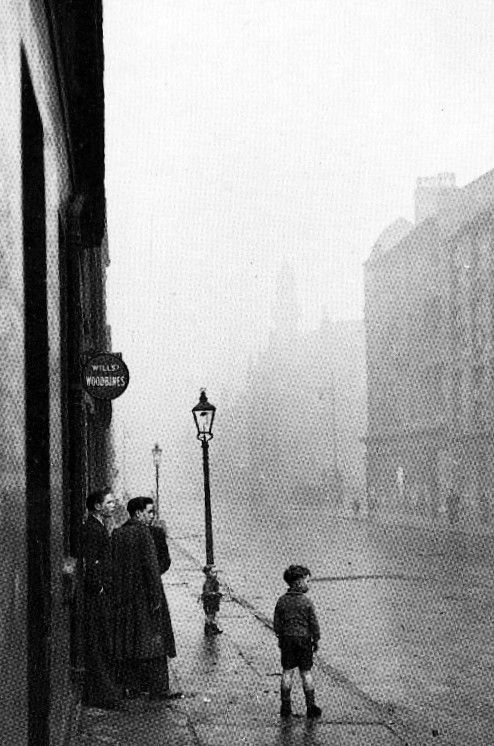Old photograph of children in the Gorbals, Glasgow, Scotland