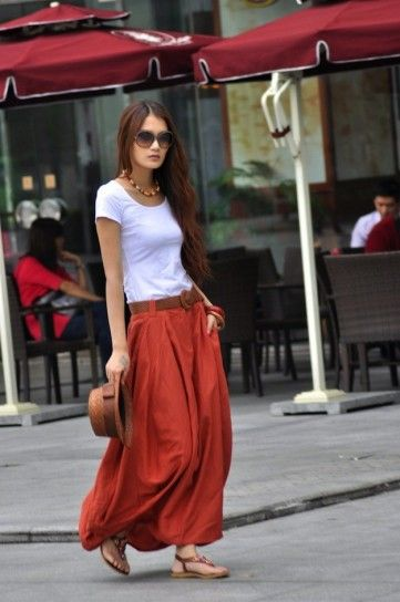 Falda larga roja                                                                                                                                                                                 Más