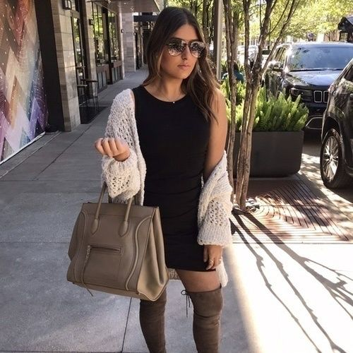 I love anything black and white, especially this cardi and dress. Shop this look on the blog. Link in bio. #blogger #houstonblogger #styleblogger #fashionblogger #fashion #fashionaddict