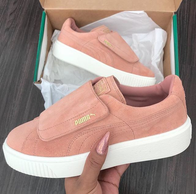 super popular 6e088 ddedd Follow for more popping pins pinterest    princessk 🌺 Shoes Sandals, Pumas  Shoes