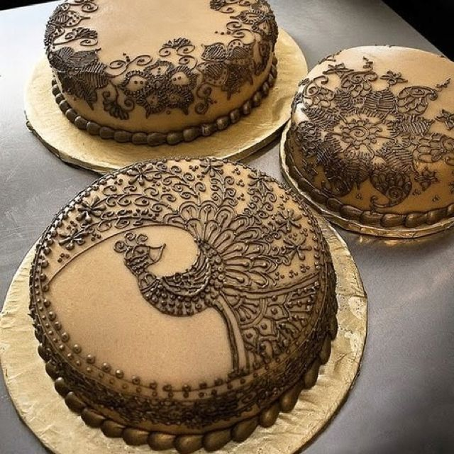 Henna Cake Decorating