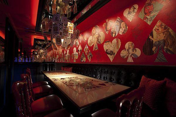 Alice in Wonderland themed restaurant in Japan. So freaking cool.