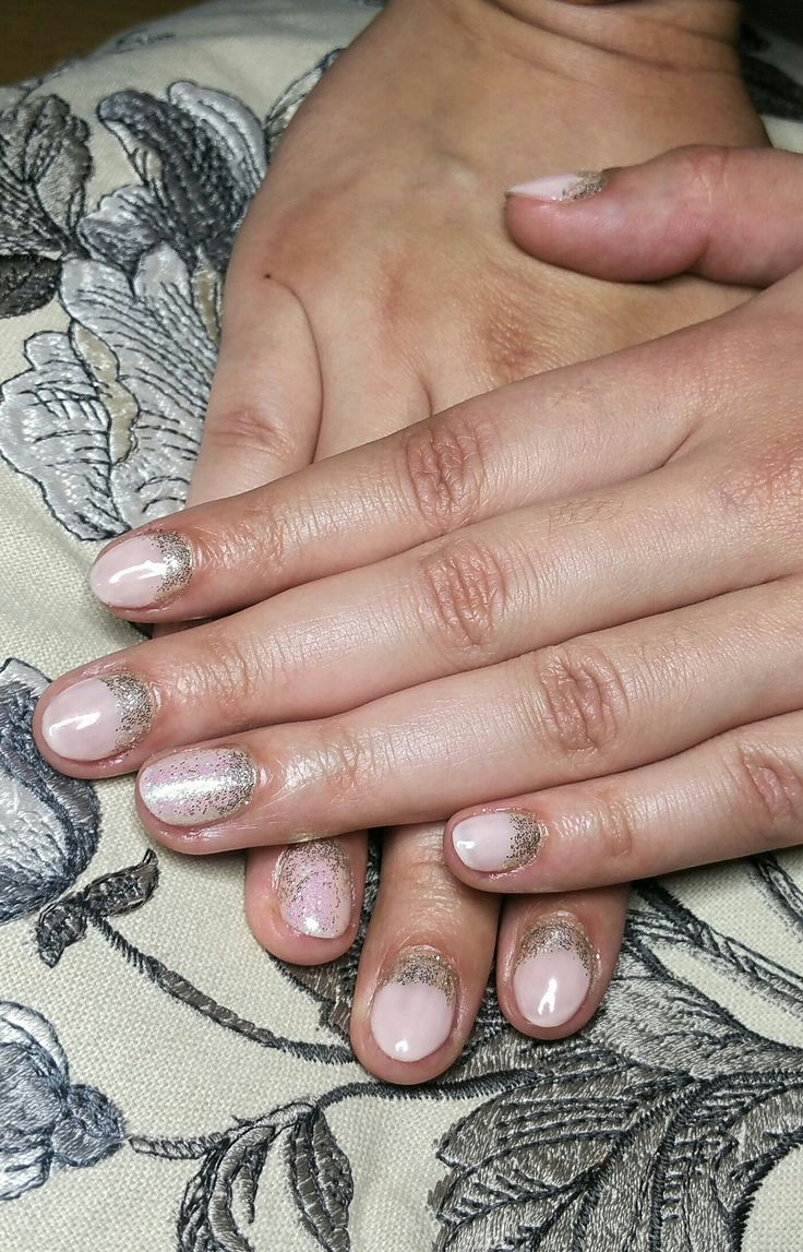 Nude shellac with reverse glitter french detail