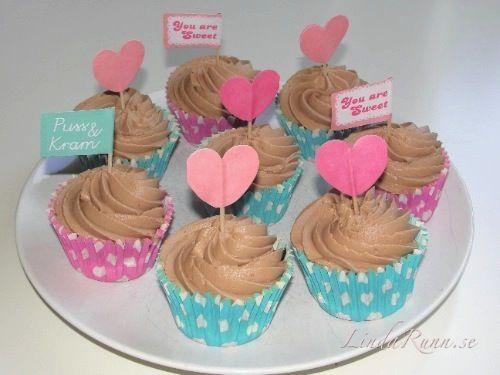 Banan cupcakes med jordgubb- och chokladganache - Linda Runn