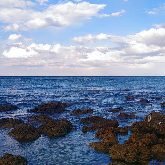 Tutti i blu di Puglia  #pantonepuglia #sea #igerspuglia #lesina #zenfone #blue #ciaopuglia