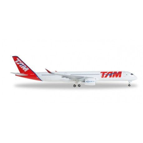 A350 TAM a escala 1:500, mas info: http://www.maqualas.cl/es/home/436-airbus-a350-tam-airlines-4013150529143.html