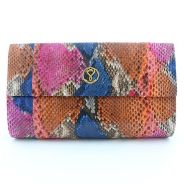 Juliana Clutch on TROVEA.COM