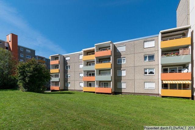 Leerstehend 3 Zimmer Wohnung In Friedrichshafen Eine Leerstehende Bezahlbare 3 Zimmer Wohnung In Friedrichsha In 2020 3 Zimmer Wohnung Immobilien Kaufen Wohnung