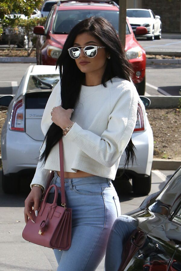 4246b098d96 Kylie Jenner and her mini sac de jour  purseskyliejennerhas ...