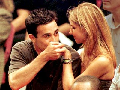 I remember screaming and running around my house when I found out they were together. Sarah Michelle Gellar  Freddie Prinze Jr