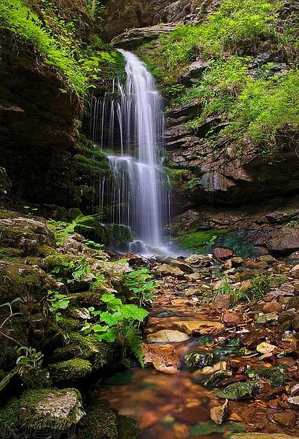 Upper Eden Falls, Arkansas.I want to go see this place one day.Please check out my website thanks. www.photopix.co.nz #visitarkansas
