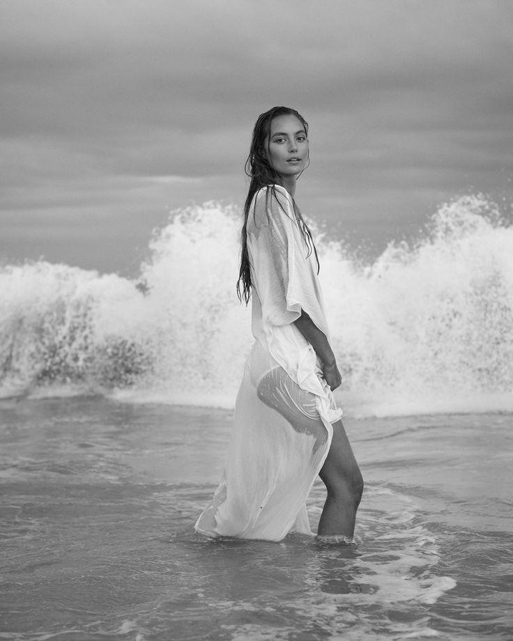 lights | Photoshoot, Photography poses, Style
