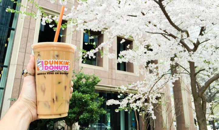 Summertime and the livin' is easy (as long as you got your DD Iced Coffee!)