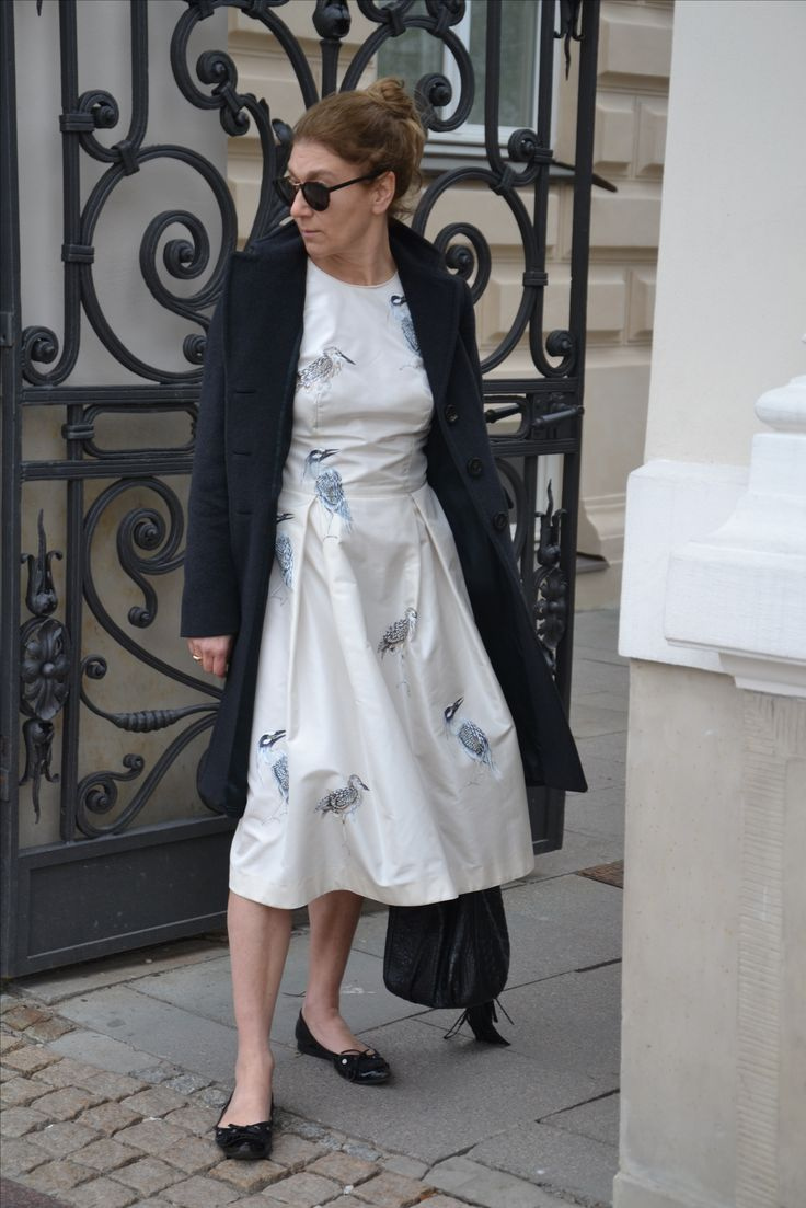 Jedwabna sukienka ręcznie malowana http://woynowska.com/
