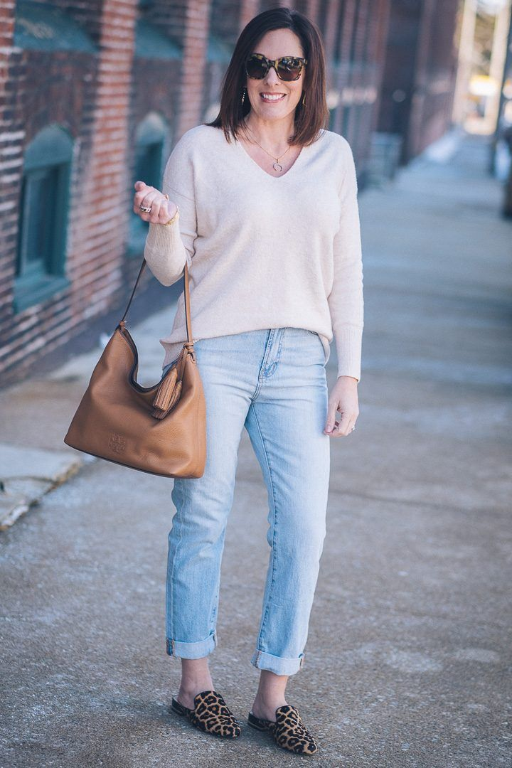 High Rise Ankle Jeans with Leopard Mules