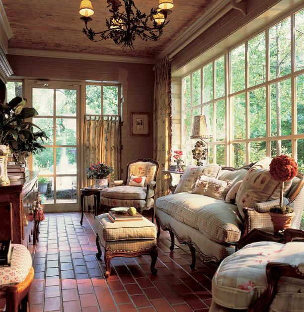 Charles Faudree Country French sunroom.: Wall Of Windows, Sunporches, Floors, Enclo Porches, Sunrooms, Sun Porches, Windows Panes, French Country Decoration, Sun Rooms