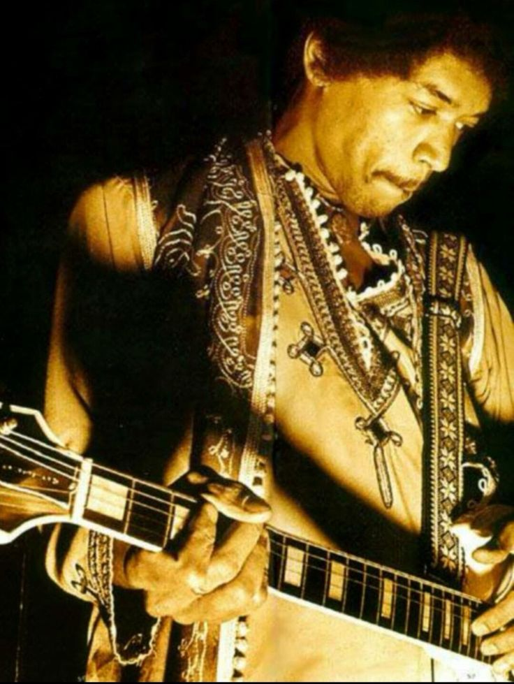 """a report on the jimi hendrix experience Jimi hendrix by: brett thomas click above to play """"manic depressions"""" by the jimi hendrix experience  who is jimi hendrix  guitarist singer song writer voodoo child."""