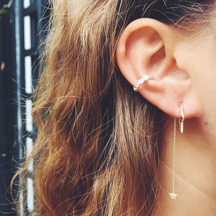 Crystallised Star Hoop Earrings in Gold are one of Tada & Toy's bestsellers. Add more sparkle with Tada & Toy's diamond falling star earring backs.