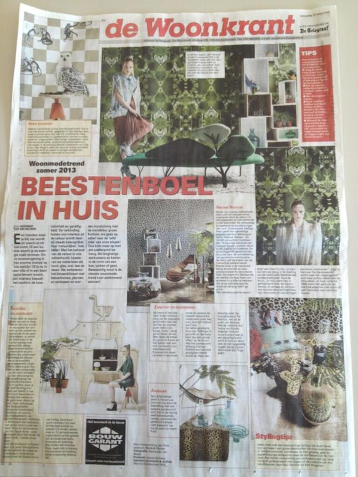 In De Telegraaf Woonkrant: beestachtig wonen met nieuwe woonmodetrend Into the Wild, van Perscentrum Wonen! Met oa. behang uit de collectie Ibiza van Eijffinger