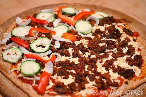 vegan seitan sausage crumbles!Olive Oil, Sausage Recipe, Sausage Pizza Vegan, Seitan Sausage, Half Pizza, Garlic Powder, Yack Attack, Pizza Vegan Yack, Sausage Crumble
