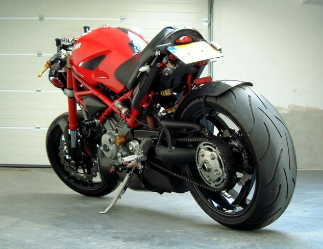 Custom Ducati Monster S2R1K extreme tail chop