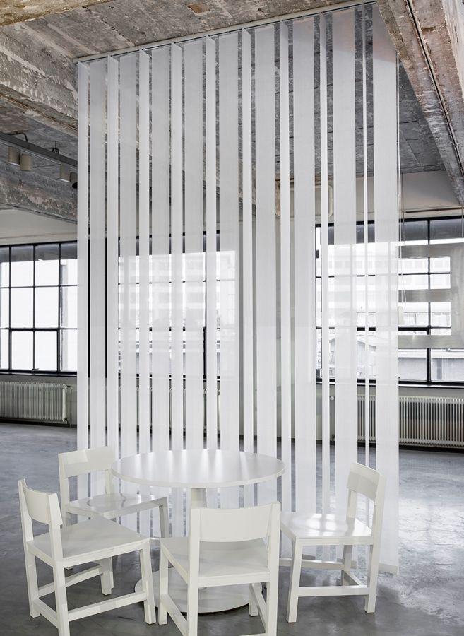 JASNO swings: vertical louver blinds