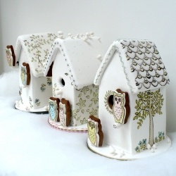 #Gingerbread #Houses