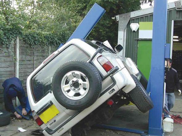 car lift fail
