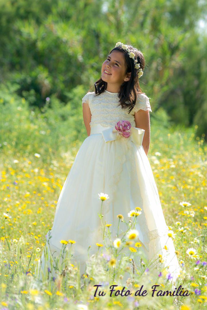 Tu Foto de Familia: Alicia en el campo