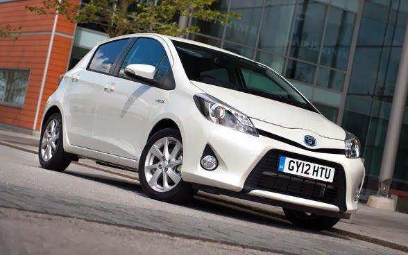 Toyota Hybrid Cars (Review)