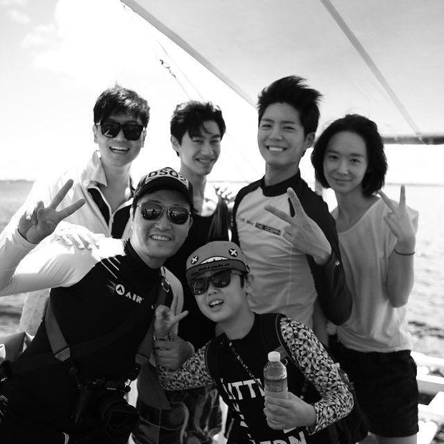 박보검 16102& 세부 _ 구르미 포상 휴가 [ 출처 : kim_chulki https://www.instagram.com/p/BMCLBuCDOk5/ ]