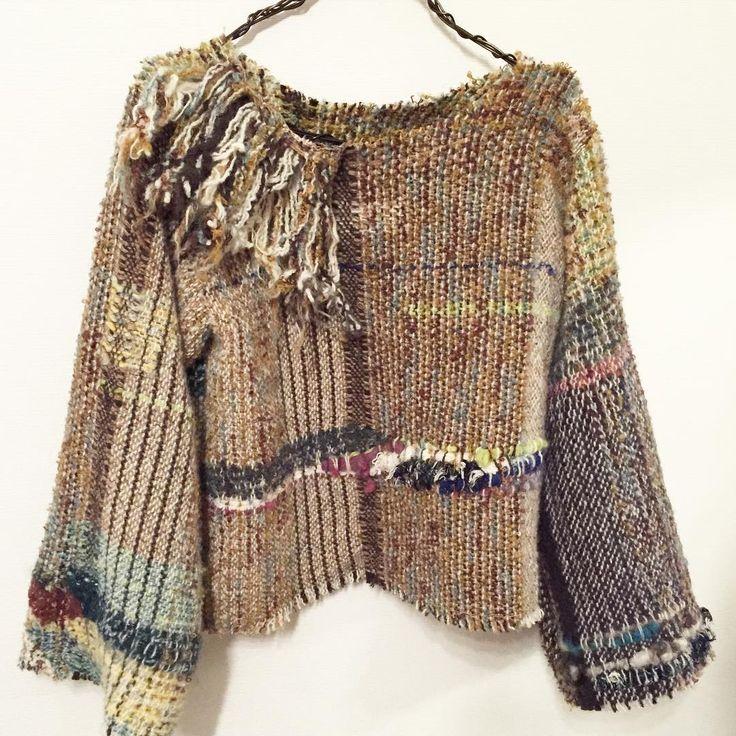 """""""ウールのプルオーバー。 次はもう少しゆったりめに仕立てようと思います。  #さをり#さをり織り #SAORI #手織り #Weaving #fashion #saoriweaving #handwoven #woven #仕立て #wool #ウール #pullover #プルオーバー"""""""