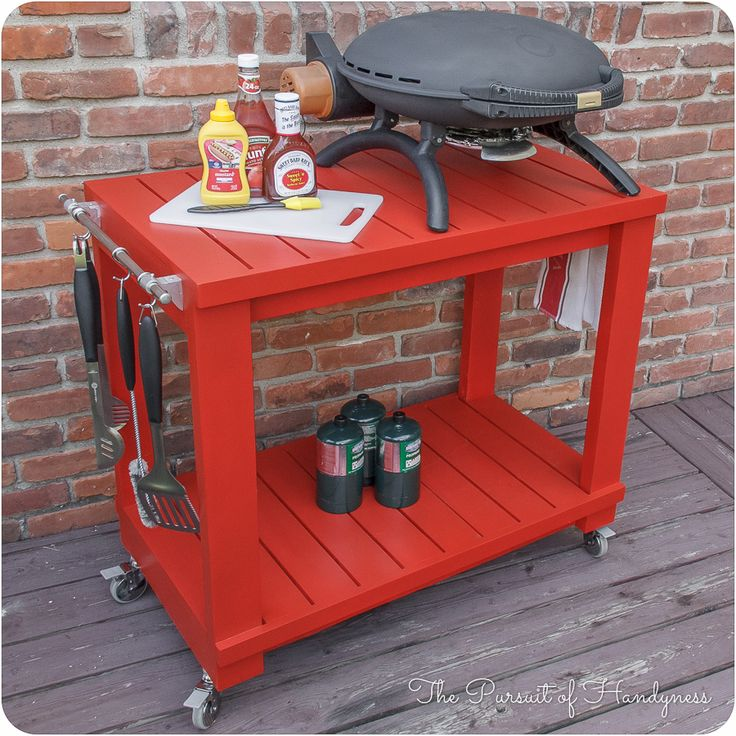 Learn how to build an outdoor tabletop grill cart! Perfect for barbecuing and backyard gatherings! Free plans via The Pursuit of Handyness