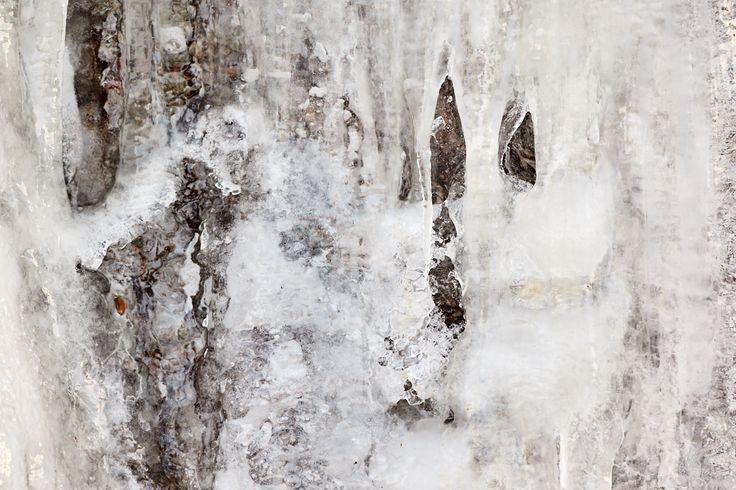 Tusen troll och grottor... - http://www.wildlifephotographer.se/blog/2016/02/tusen-troll-och-grottor/ #Grottor, #Istroll, #Ljötbjär, #Rotnan, #Vinter Wildlifephotographer.se   Leif Bength Bildbutiken Nära