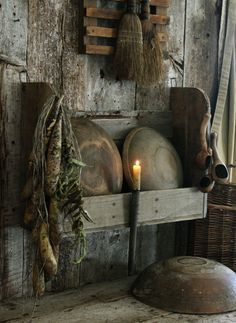 Primitive Early Look Wooden Bowl Rack Shelf w Bowls Gourds Beans Candle Holder | eBay