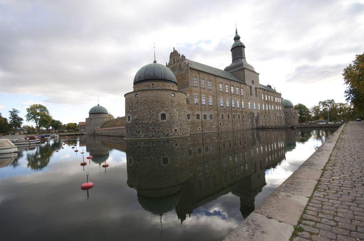Vadstena Castle Vadstena Castle is a former Royal Castle in Vadstena, the province of Östergötland, Sweden.