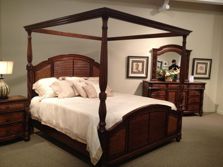 Do You Like Canopy Beds Or Beds With Posts Perfect For A Romantic Master Bedroom Asfissweet
