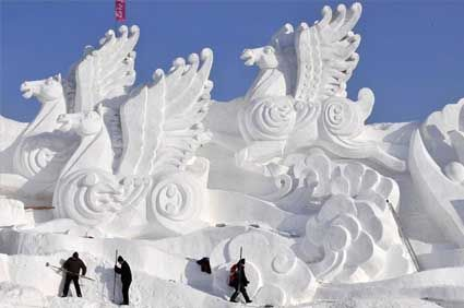 Michigan Technological University's Winter Carnival. Michigan love. Michigan winter. Great lakes state. Michigan. Snow sculpture. Things to do in Michigan in winter.