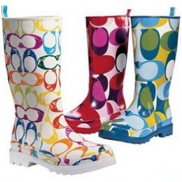 Coach rain boots..think i might need to add these to my collection :)