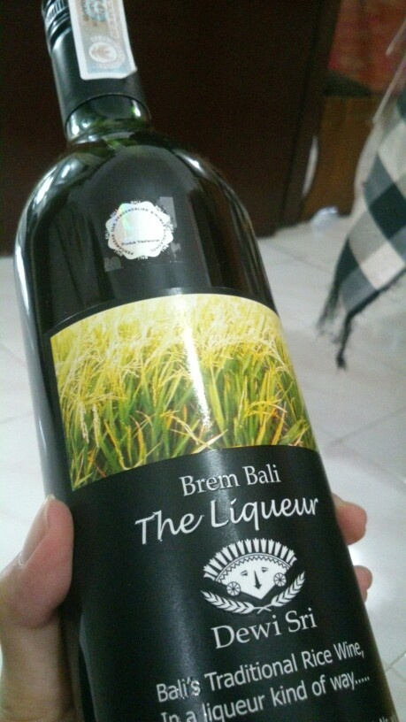 Brem Bali (Bali's traditional rice wine), one of the gift from Bali, Indonesia. Such a liqueur, contain of alkohol and made from black and white rices.