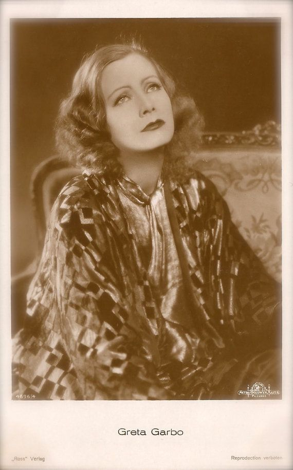 Greta Garbo, Famous Hollywood Swedish Actress Dramatic Diva Glamour Portrait Original Rare 1930s Art Deco German Collectors Photo Postcard