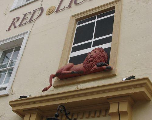 https://flic.kr/p/27nMus | Red Lion | Basingstoke town centre - 05/07/07