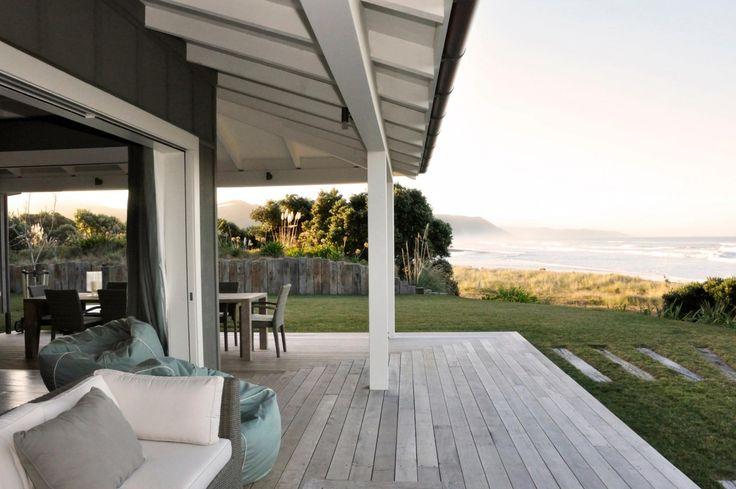 Waimarama Beach House - Sumich Chaplin Architects