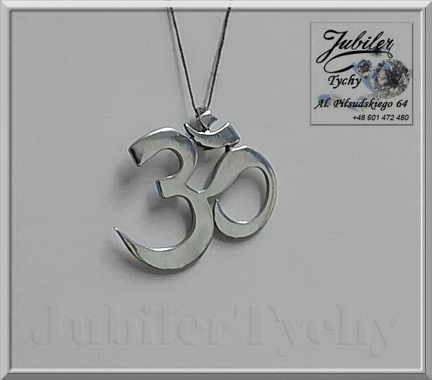 #Srebrny #wisiorek #amuletu #Znak #OM – #opieka #Sił #Wyższych #Srebro #Ag925 #jubilertychy #Silver #Jubiler #Tychy #Jeweller #wisiorki #srebrne #biżuteria #srebrna #Pracownia #Złotnicza #Tyski #Złotnik #Zaprasza #Promocje : ➡ https://jubilertychy.pl/promocje/ 💎 Amuletu Znak OM Starożytny znak indyjski i tybetański, według tej tradycji jest pierwszą głoską Wszechświata, oddechem Stwórcy. Stanowi wizualizację magicznego dźwięku OM, którego siła działania zdolna jest czynić cuda.